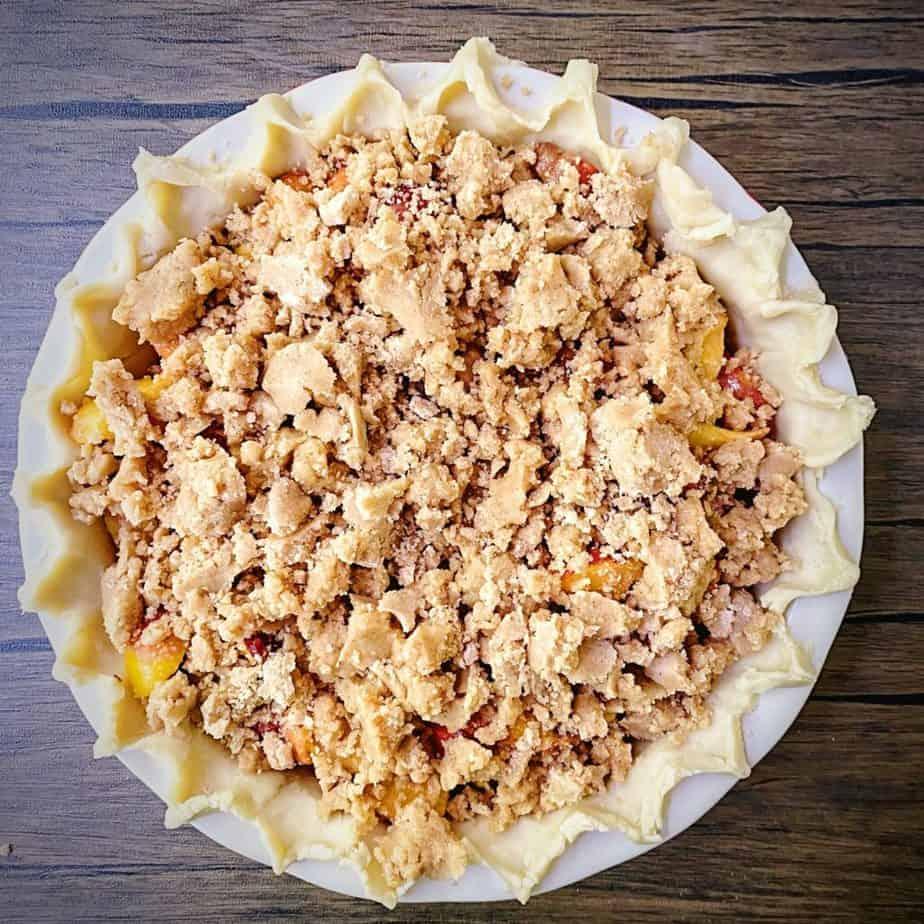 unbaked peach crumble pie